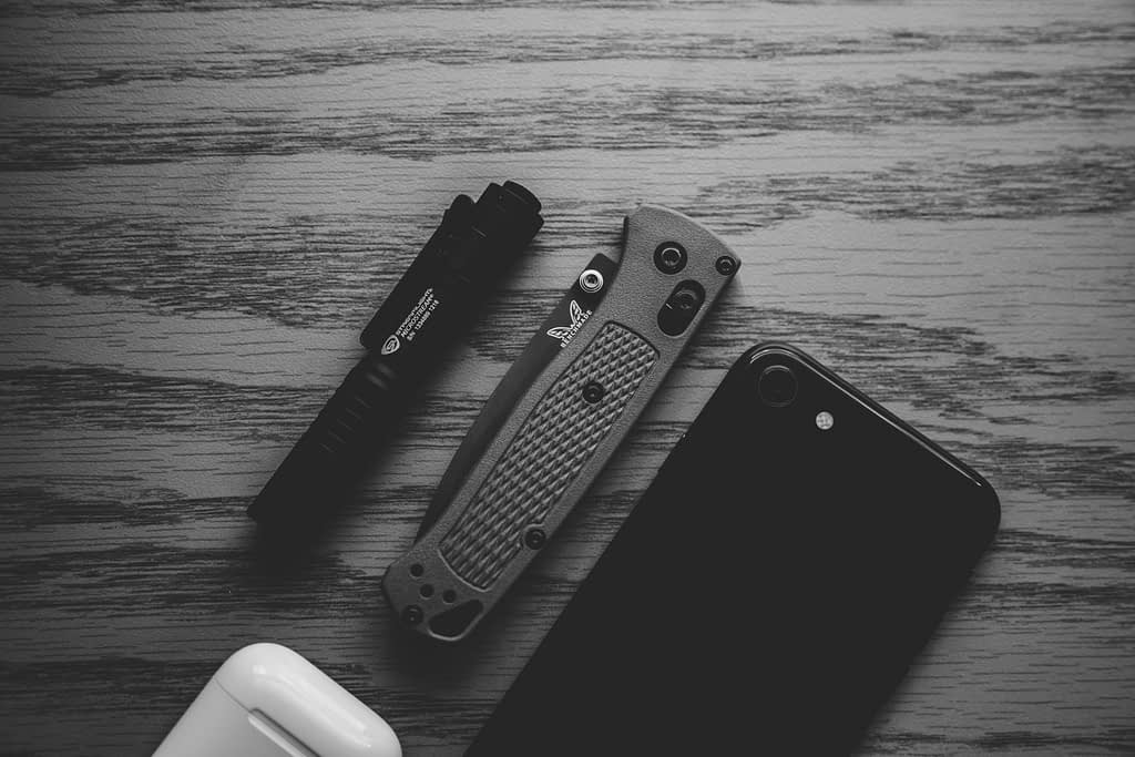 EDC Knife with phone and pen